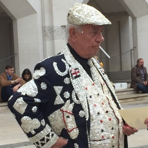 Smoking Pearly King, Guildhall London Harvest Festival