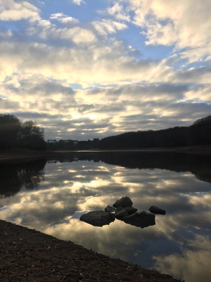 Etang du korong, lac du Glomel Cotes d'Armor