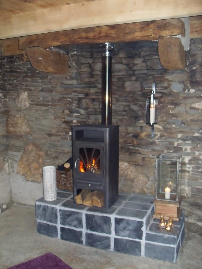 Kernolou 2010 First Woodburner before electricity